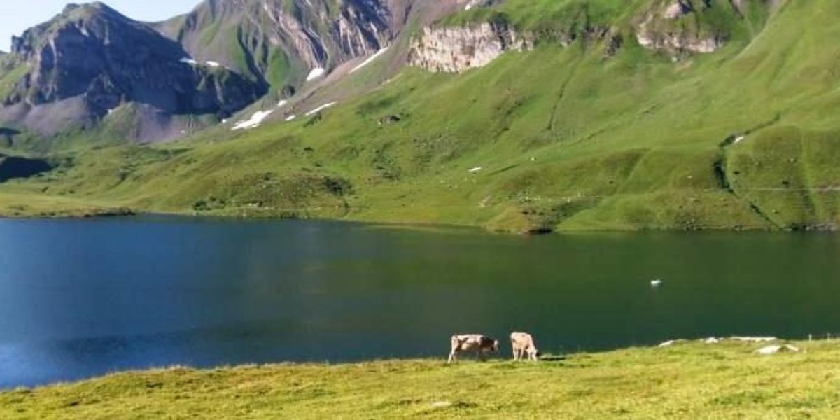 4-lake hike from Melchsee-Frutt to the Joch Pass (Central Switzerland)